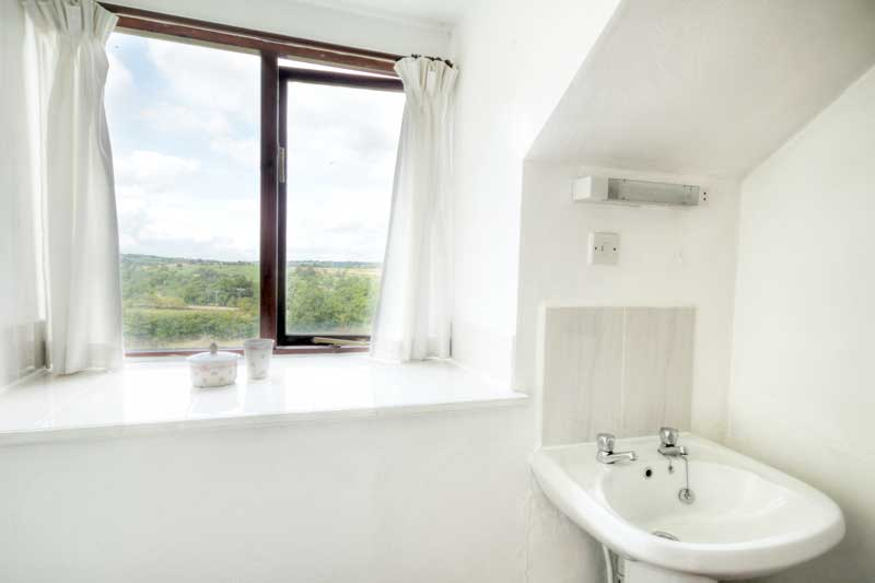 Meadow Cottage Bathroom